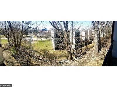 Burnsville Condo/Townhouse For Sale: 12822 Nicollet Avenue #202