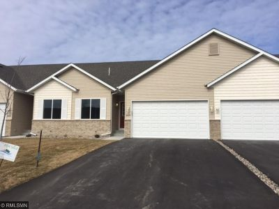 Shakopee Condo/Townhouse For Sale: 4213 Blakewood Drive