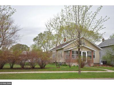 Saint Cloud MN Single Family Home For Sale: $129,900