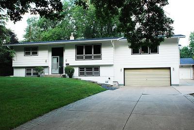 Roseville Single Family Home For Sale: 2439 Churchill Street