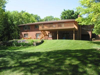 Scott County Single Family Home For Sale: 17991 Natchez Avenue