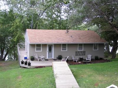 Maple Lake MN Single Family Home For Sale: $349,900