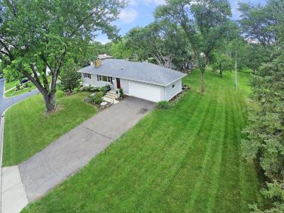 Golden Valley MN Single Family Home For Sale: $350,000