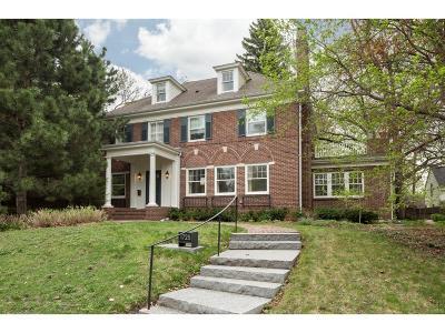 Minneapolis Single Family Home For Sale: 1725 Knox Avenue S