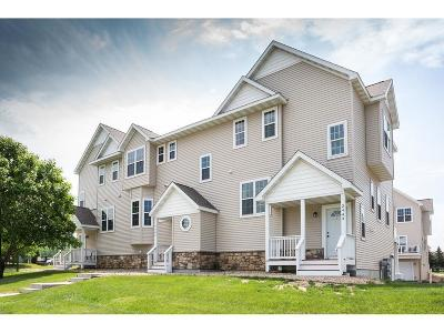 Hudson Condo/Townhouse For Sale: 2445 Foxglove Circle