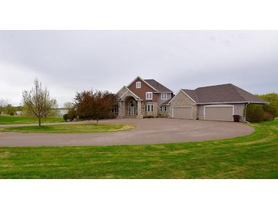 Single Family Home For Sale: 18481 N Diamond Lake Road