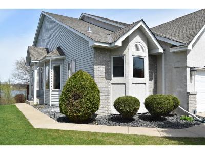 Eden Prairie Condo/Townhouse For Sale: 10760 Kiawah Drive