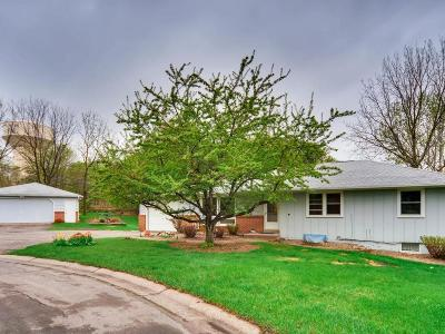 Inver Grove Heights Single Family Home For Sale: 1755 58th Court E