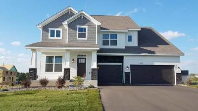 Eagan Single Family Home Contingent: 1319 Interlachen Drive
