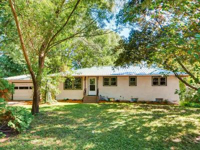South Saint Paul Single Family Home For Sale: 2009 Southview Boulevard