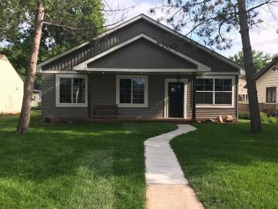 Shakopee Single Family Home For Sale: 426 7th Avenue W