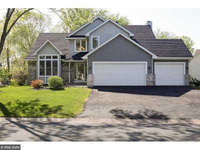Brooklyn Park Single Family Home Contingent: 9233 Nantwick Ridge