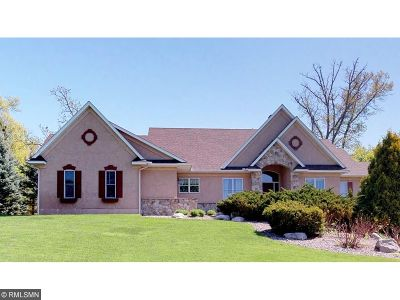 Lakeville Single Family Home For Sale: 18440 Jaeger Path