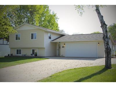 Cambridge MN Single Family Home For Sale: $219,900