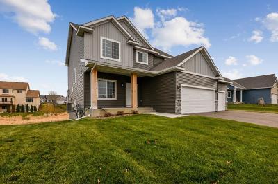 Buffalo Single Family Home For Sale: 2304 Bronco Lane