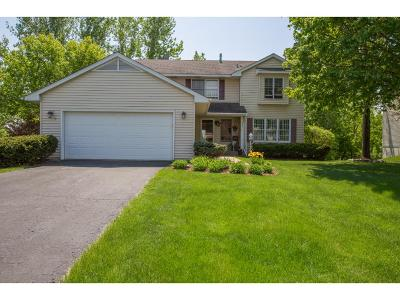 Chanhassen Single Family Home For Sale: 321 Sinnen Circle