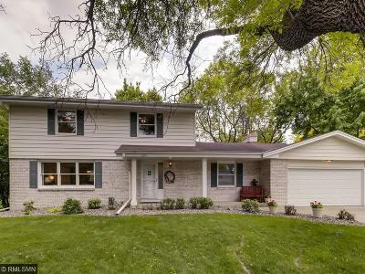 Bloomington MN Single Family Home For Sale: $375,000