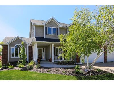 Prior Lake Single Family Home Contingent: 2842 Bobcat Trail NW