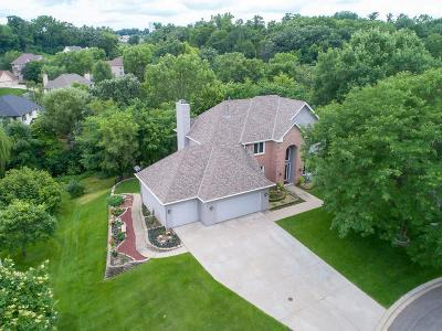 Eagan Single Family Home For Sale: 1628 Hawk Place