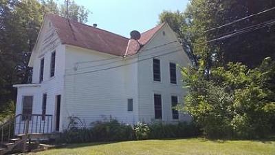 Sandstone Single Family Home For Sale: 305 Lark Street