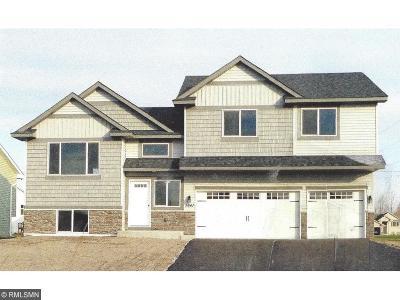 Delano Single Family Home For Sale: 373 Greenway Drive W