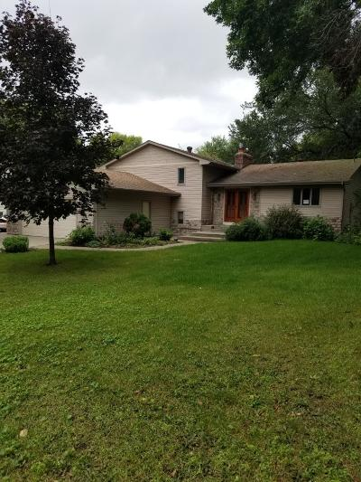 Farmington Single Family Home For Sale: 20320 Dunbar Avenue