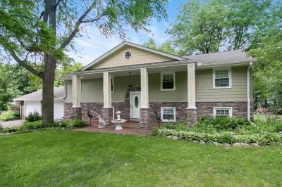 Minnetonka Single Family Home For Sale: 4426 Banbury Lane