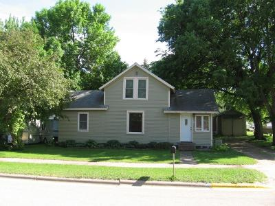 Morristown MN Single Family Home For Sale: $104,900