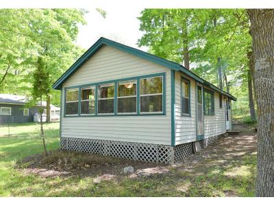 Brainerd Single Family Home For Sale: 8572 Paradise Beach Road