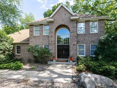 Burnsville Single Family Home For Sale: 14921 White Oak Drive