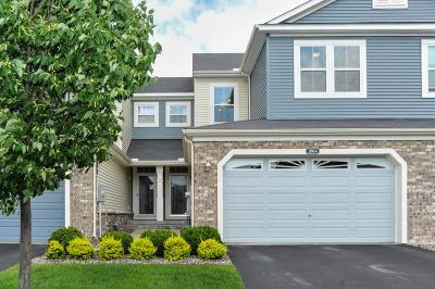 Chanhassen Condo/Townhouse For Sale: 1864 Commonwealth Boulevard