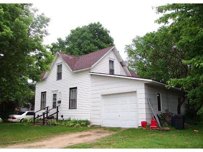 Menomonie Single Family Home For Sale: 1514 10th Street E