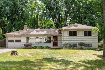 Minnetonka Single Family Home For Sale: 3642 Robinwood Terrace