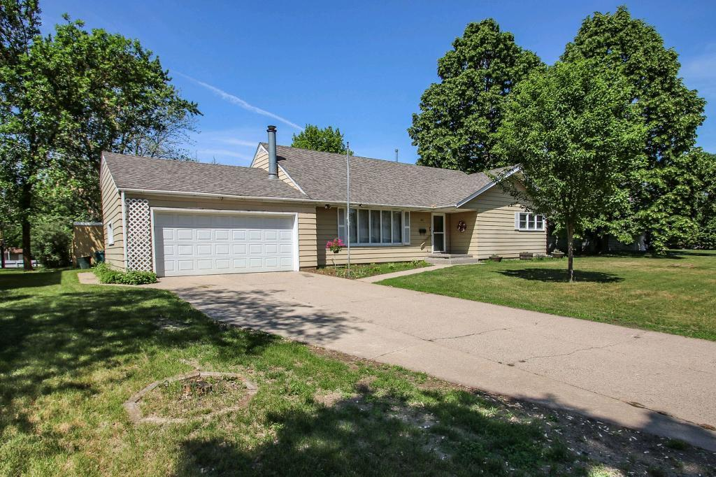 Cold Spring Mn >> 907 3rd Street S Cold Spring Mn Mls 4963136 Christina Clifton