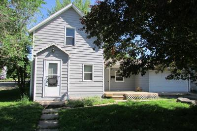 Buffalo Single Family Home For Sale: 401 8th Street NE