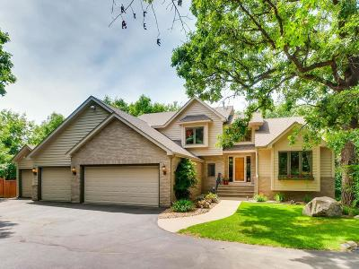 Eagan Single Family Home For Sale: 4195 Pond Wynde S