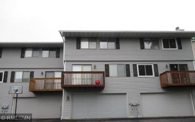 Shoreview Condo/Townhouse For Sale: 4372 Chatsworth Street N