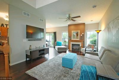 Ramsey Condo/Townhouse Contingent: 6854 139th Lane NW #5