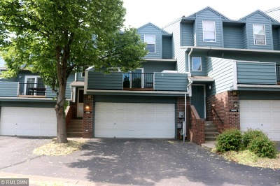 Apple Valley Condo/Townhouse Contingent: 14294 Estates Avenue