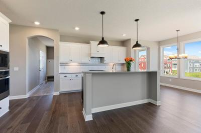 Medina Single Family Home For Sale: 3184 Cypress Circle S