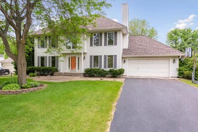 Medina Single Family Home For Sale: 311 Cherry Hill Bay