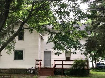Menomonie Single Family Home Contingent: 722 14th Avenue E