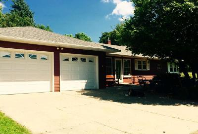 Hutchinson Single Family Home For Sale: 16765 Highway 15 S