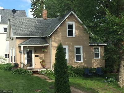 Buffalo Single Family Home For Sale: 106 2nd Street NE