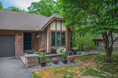 Carver, Eden Prairie, Chanhassen, Chaska Single Family Home For Sale: 6847 Stonewood Court