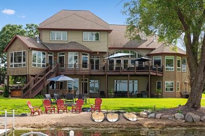 Waconia Single Family Home For Sale: 1426 Beachcomber Boulevard