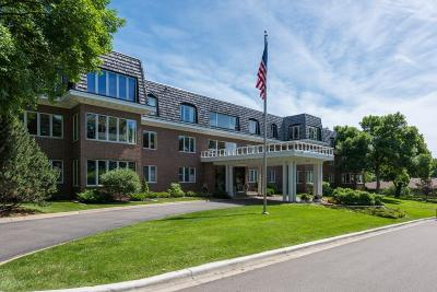 Edina Condo/Townhouse For Sale: 6105 Eden Prairie Road #A25