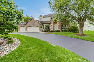 Eden Prairie Single Family Home For Sale: 11086 Holland Circle
