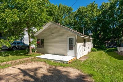 Mahtomedi Single Family Home For Sale: 185 Hanson Road