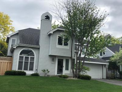Wayzata, Plymouth Condo/Townhouse For Sale: 15715 16th Place N